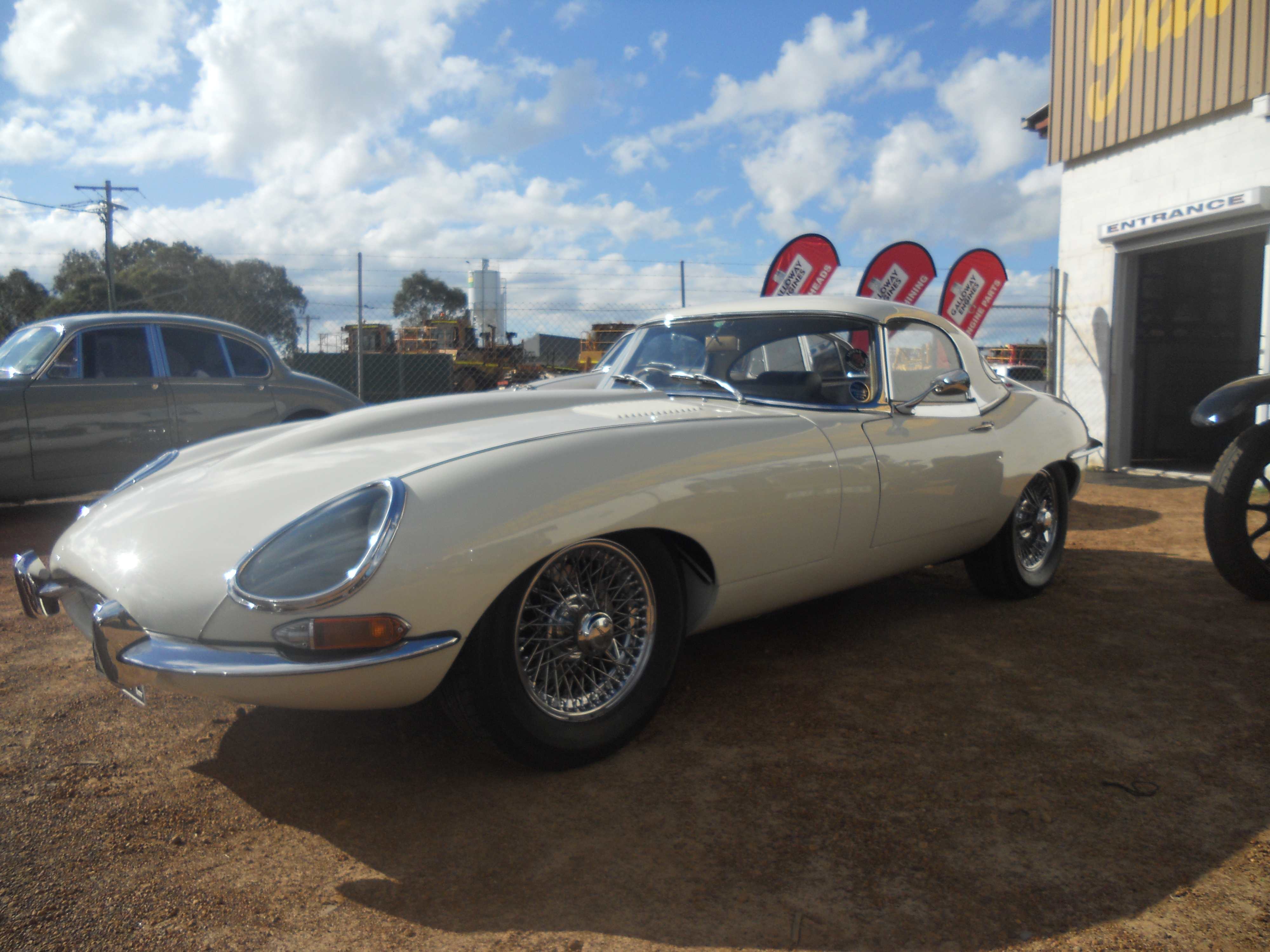Galloway Engines: JAGUAR CAR CLUB OF WA COMES TO GALLOWAYS..